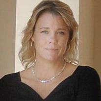Host Heather Issvoran
